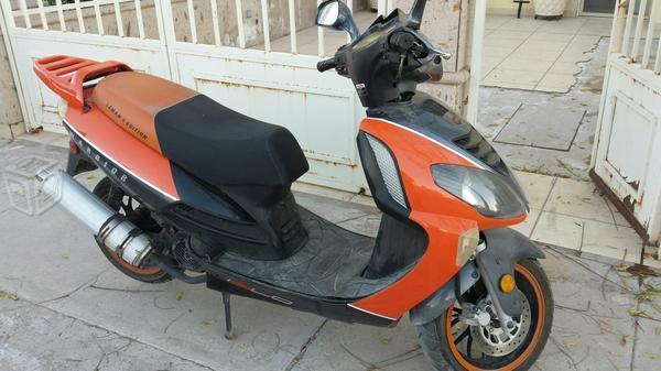 Vendo motoneta 150 -15