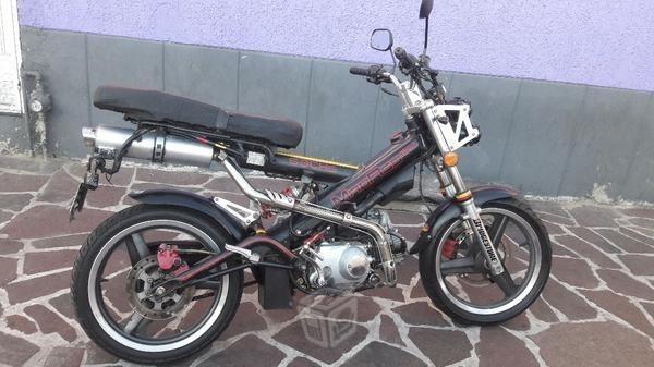 Motocicleta -08