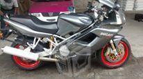 Motocicleta DUCATI 992 cc. modelo -06