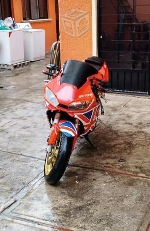 Daytona 675 todo pagado moto de pista inglesa -04