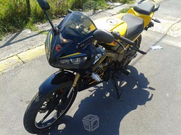 Moto tipo pista -14