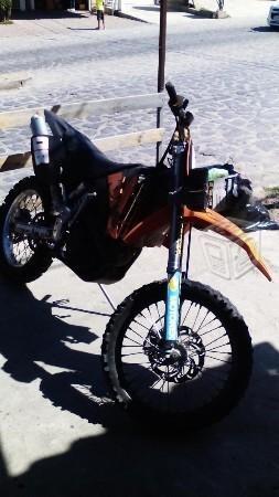 Excelente moto ktm -03