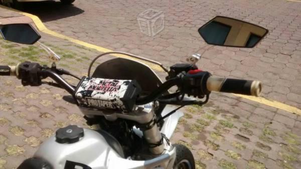 Motocicleta Beta Motard (KTM) Doble Prop -11